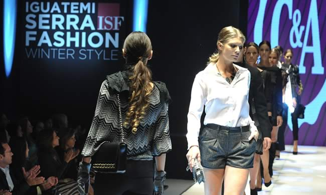 Desfile C&A no Iguatemi Serra Fashion 2013
