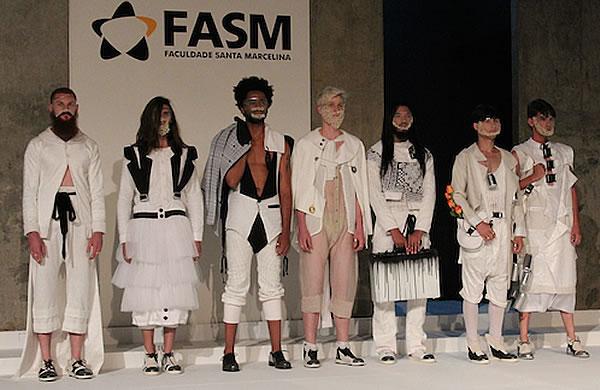 Colecao Estilista Luiza Guilger Guerra Forum de Moda Santa Marcelina Moda Eventos