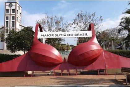 FestLingerie em Juruaia, Capital da lingerie - Maior sutiã do Brasil